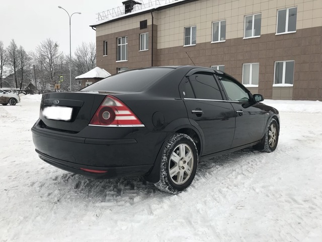 Ford Mondeo 2006 год.